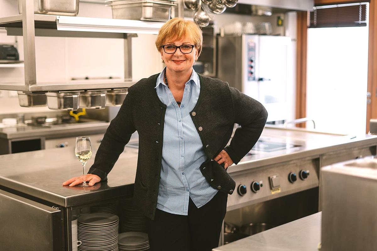 Karin > die gute Seele in der Küche